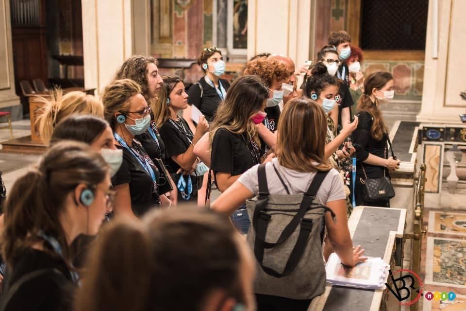 Le Speakers di Radio Julia, Emma e Giovanna, approdano a Roma negli studi di Voicebookradio.com